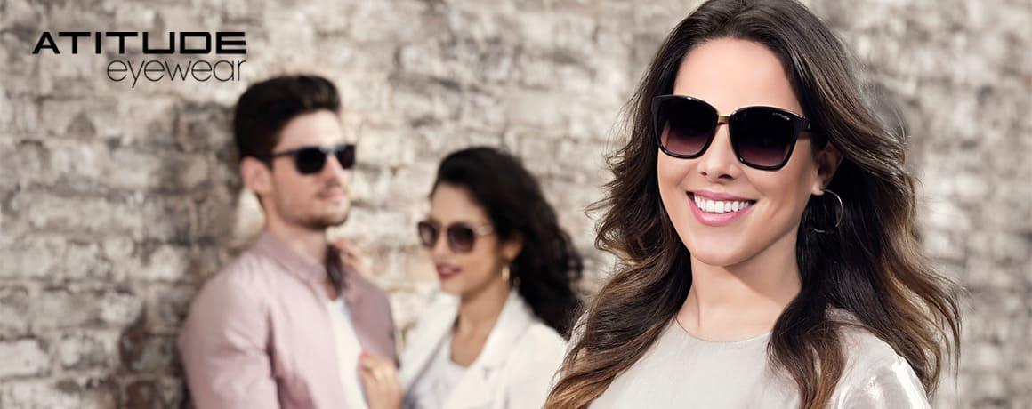 4768a10a94c5c Grife fashion, que acompanha as tendências da moda, com mix de produtos  diverso em estilos e cores para receituários e solares. A grife compreende  e atende ...