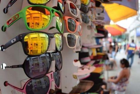a0ef86ebd2820 Mas você sabia que ao comprar um óculos qualquer você está botando em risco  a sua saúde ocular